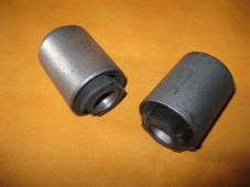FORD CORTINA NEW REAR AXLE, REAR LOWER VOID BUSHES (PAIR) - EM1488